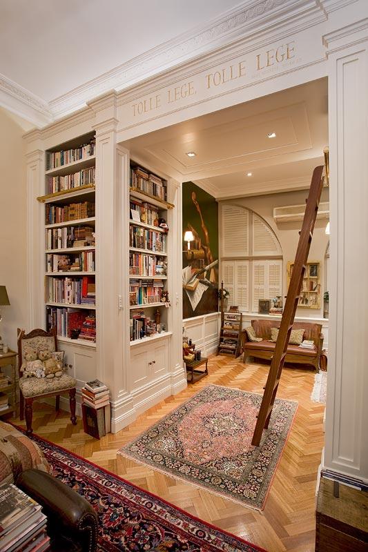 home library custom shelving